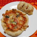 篠ノめ - 料理写真:ピザ&ゴボウ♪