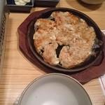 博多もつ鍋やまや - 鉄鍋餃子