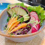 手包み餃子と中華キッチン ひげ - サラダ