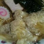 栄楽 - こりずにワンタン麺