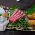 旬彩料理 小名浜 - 料理写真:平目  中トロ   うに