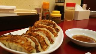 餃子の司 - 餃子 ¥360
