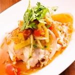 Enak Enak - 料理写真:蒸し鶏のフレッシュハーブソース