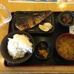 大阪満マル - さば塩焼定食 734円