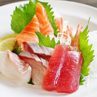 人気の2コースに+300円で鮮魚のお刺身3種盛りを追加★