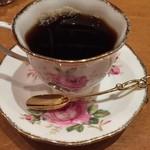 ホシヤマ珈琲店 - カップはそのお客さんをイメージして選んでくれます