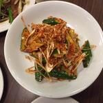 四川料理 昇龍 - ネギとキュウリキムチ