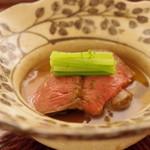 日本料理 晴山 - 強肴:飛騨牛ランボソのローストビーフ