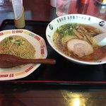 烏骨鶏ラーメン龍 - 料理写真:炒飯麺ランチ