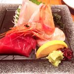 にぎわい寿司 - 刺身