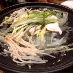 にぎわい寿司 - 豚肉と白菜の陶板蒸し