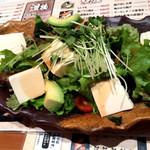 にぎわい寿司 - 豆腐サラダ