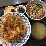 Sobadokorohashimoto - かき揚げ天丼、ミニかけそば