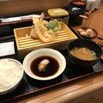 丸の内天ぷらめし 下の一色 - 一の膳(¥1080)