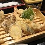 丸の内天ぷらめし 下の一色 - 1の膳に2の膳が熱いから追加(¥1080)