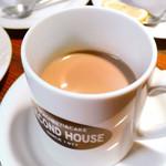 セカンドハウス - 大きなマグでコーヒーをごゆっくりどうぞ。