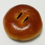 パネテリーヤ吉田 - 料理写真:小倉あんぱん(126円)
