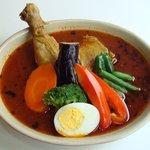 Buzz curry  札幌本店 花車 - チキン野菜カリー  ¥950-「当店の人気№1カリーです」