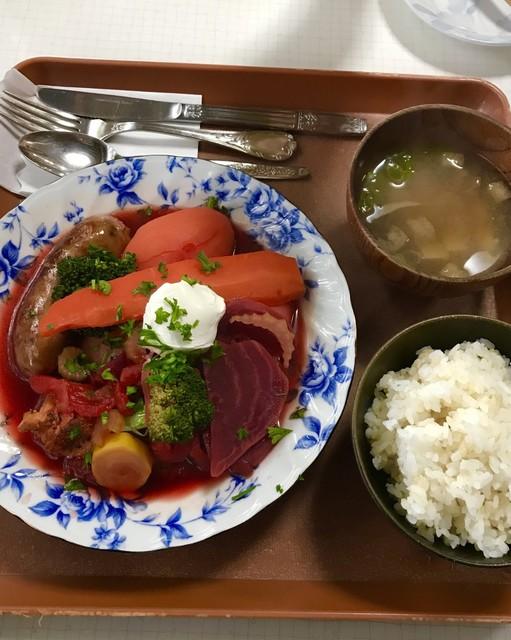 フレスガッセ - ボルシチ定食1300円税込