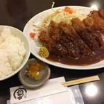 とんかつひろ喜 - 特選ロースとんかつ&クリームコロッケ定食(¥1100)
