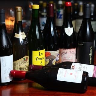 世界規模で人気のJURA地方の赤ワイン・白ワインがたくさん
