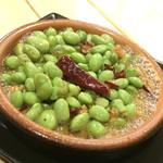五感ビストロ酒場 - 枝豆ペペロン(税抜380円)