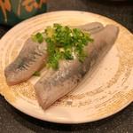 回転割烹 寿司御殿 - 肉厚なイワシ