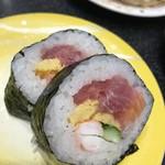 回転割烹 寿司御殿 - 海鮮巻き