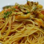 ロマンツァ - 秋刀魚と舞茸、銀杏のトマトソース