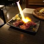 溶岩焼き×肉寿司 個室居酒屋 29house - 軽く炙って提供