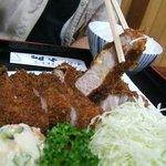 とんかつ大門 - 料理写真:特大ロースとんかつ
