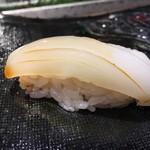第三春美鮨 - 新烏賊 113g 浜〆・空輸 底曳き網漁 鹿児島県出水