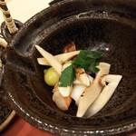 鮨 そえ島 - 土瓶蒸しの中はたくさんの松茸♪