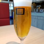エイジング・ビーフ ワテラス - 生ビール(650円外税)