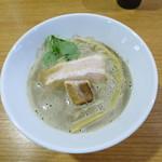 ラーメン HARU - 豚煮干し醤油らーめん