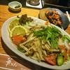 華もん - 料理写真:玉ねぎとあったかきのこサラダ