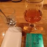 Bar 羽月2階 - BARだとタバコを吸います(17-10)