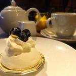 Rue Favart - ケーキと紅茶をいただきました♡