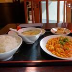 中国上海料理 豫園 - 料理写真:日替わりランチ☆