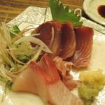 楠 kusunoki - 料理写真:イナダとカツオの刺身