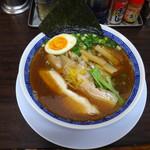 丸直 - 魚介醤油+味玉(ハーフ)