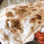 インドカレー ミラン - ナンのアップ
