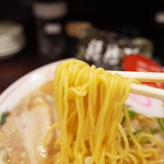 ラーメン 佐吉 - 麺リフト~