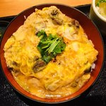伊勢ろく - 鶏もつ煮親子丼