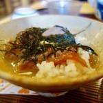 料理 萬口 - [2017/10]かつお茶漬け(1450円)・お茶漬けでいただきます。