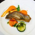 Kokoro - メバルのポワレ パプリカとバジルのソース