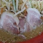 ラーメンショップ椿 - 野菜ガッツリラーメン(味噌)+チャーシュー2枚
