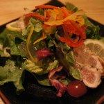 北海道市場 ICHIBA - 鶏のたたきサラダ仕立て