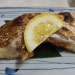 7553989 - 焼き魚・鯛ですよ!(コース料理の一品)