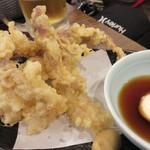 村崎炊鶏研究所 - せせり鶏天。